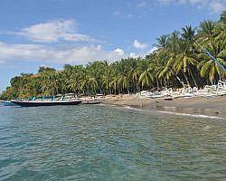 Teluk Nare beach