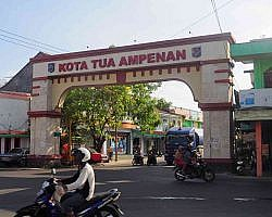 kota tua ampenan is the oldest town on the island of Lombok