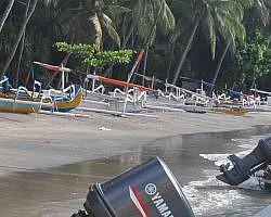 Teluk Nare gateway to Gili Islands