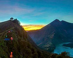 Sunset view on Gunung Rinjani overlooking Crater Rim