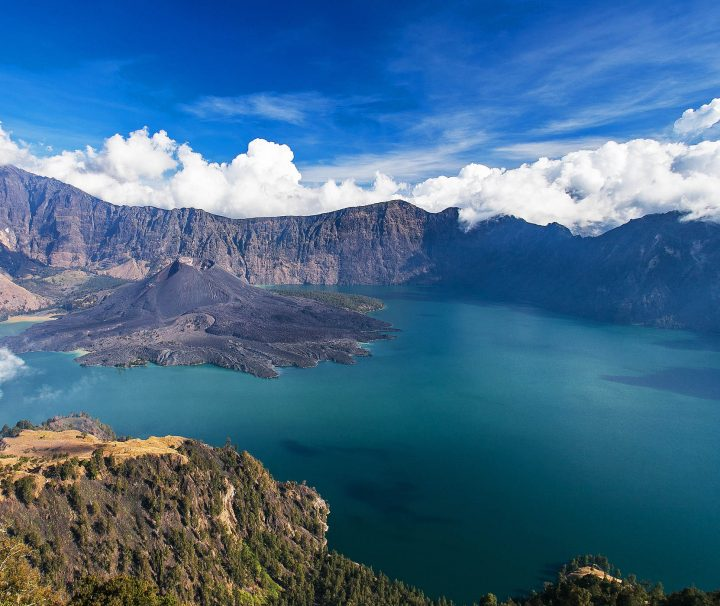 best adventure vacation rinjani crater rim