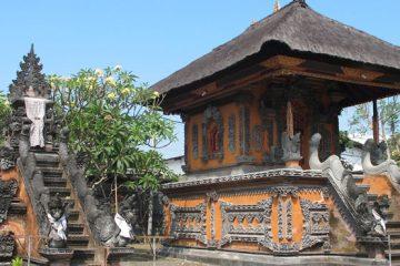 mayura-water-palace
